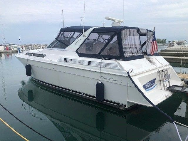 1990 Chris Craft boat for sale, model of the boat is 400 EXPRESS & Image # 1 of 41