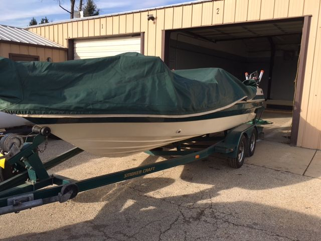 1999 Smoker Craft boat for sale, model of the boat is V180 SC & Image # 1 of 2