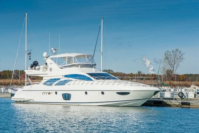 2007 Azimut boat for sale, model of the boat is 62 FLYBRIDGE & Image # 1 of 2