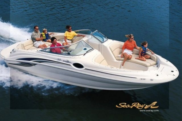 2000 Sea Ray boat for sale, model of the boat is 240 SUNDECK & Image # 1 of 2