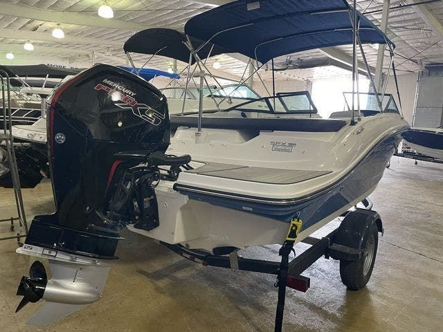 2022 Sea Ray boat for sale, model of the boat is 190SPXO & Image # 1 of 8