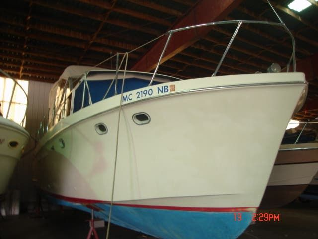 1963 Hatteras boat for sale, model of the boat is 34 AFT CABIN & Image # 1 of 10