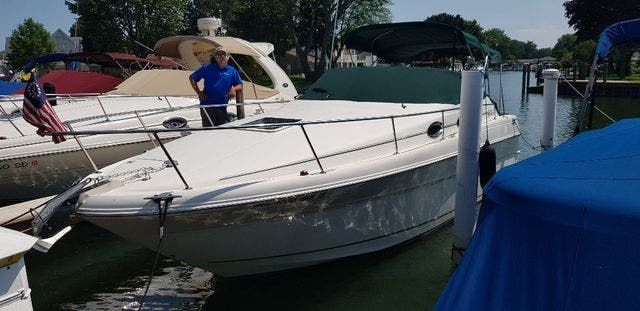 2000 Sea Ray boat for sale, model of the boat is 270 SUNDANCER & Image # 1 of 16