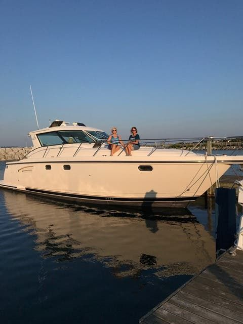 2004 Tiara Yachts boat for sale, model of the boat is 4400 SOVRAN & Image # 1 of 95