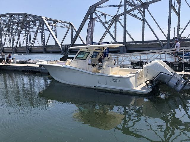 2022 Scout boat for sale, model of the boat is 305LXF & Image # 2 of 26