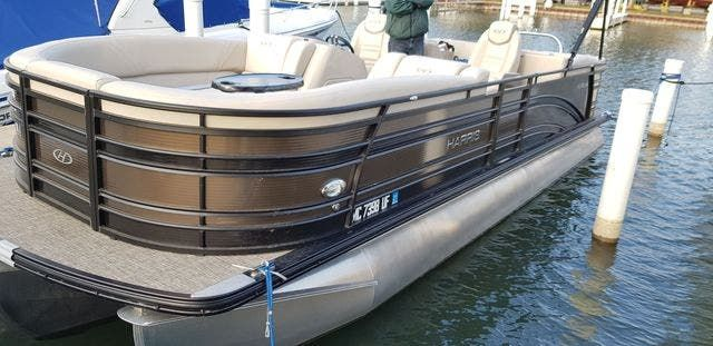 2018 Harris boat for sale, model of the boat is 240 SOLSTICE & Image # 1 of 6