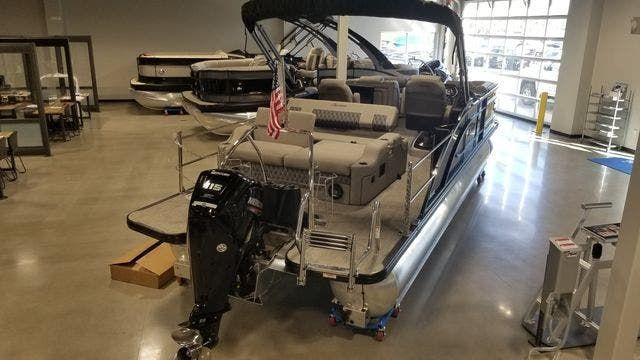 2021 Barletta boat for sale, model of the boat is L23UCATT & Image # 2 of 13