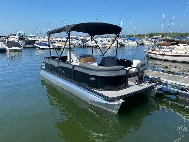 2022 Manitou boat for sale, model of the boat is 20 AURORA & Image # 1 of 13