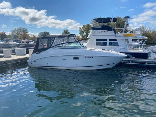 2009 Sea Ray boat for sale, model of the boat is 250 SUNDANCER & Image # 1 of 21