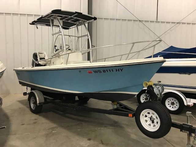 1986 Mako boat for sale, model of the boat is 17 CC & Image # 1 of 2