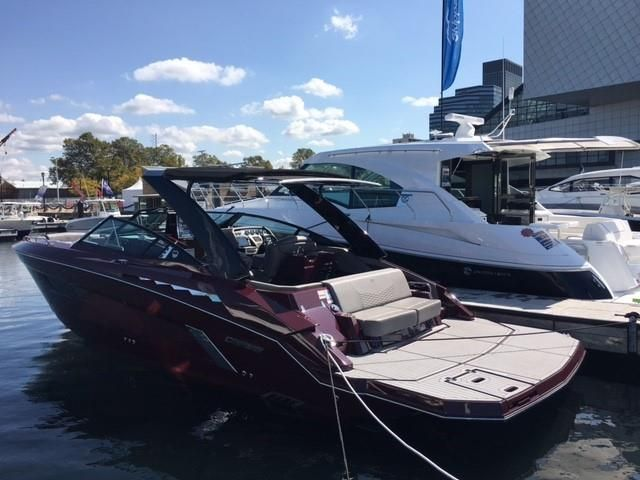 2018 Cruisers Yachts boat for sale, model of the boat is 338 South Beach Edition - Bow Rider & Image # 1 of 2