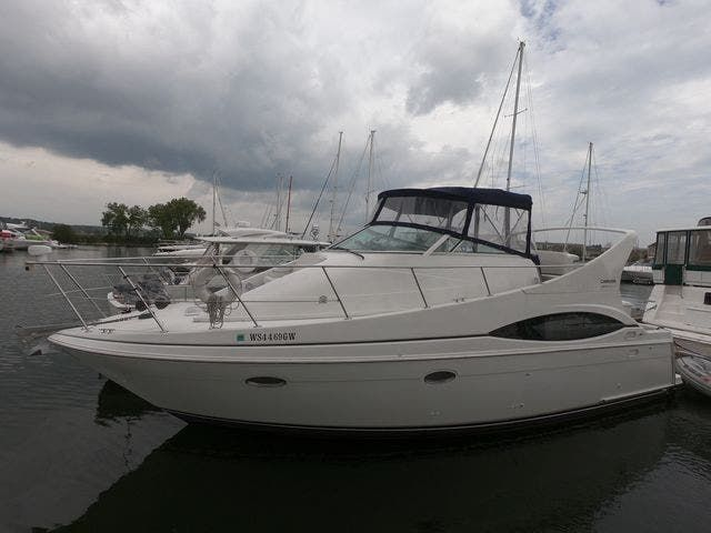 1999 Carver boat for sale, model of the boat is 350MARINER & Image # 2 of 36