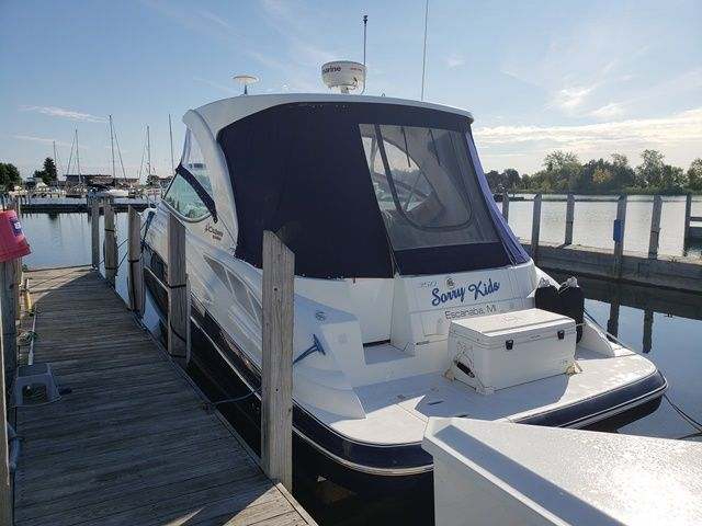 2012 Cruisers Yachts boat for sale, model of the boat is 350 EXPRESS & Image # 2 of 2