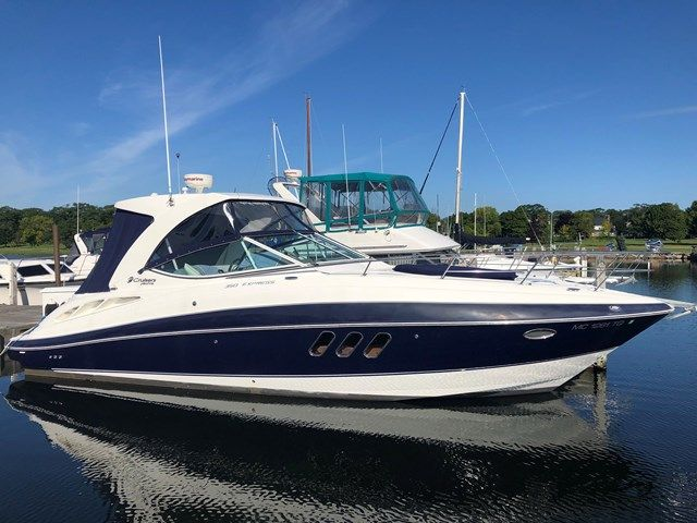 2012 Cruisers Yachts boat for sale, model of the boat is 350 EXPRESS & Image # 1 of 2