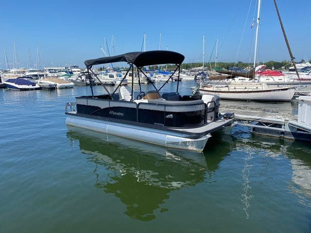 2022 Manitou boat for sale, model of the boat is 20 AURORA & Image # 2 of 13