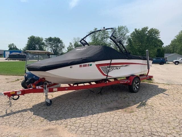 2013 Tige boat for sale, model of the boat is R20 & Image # 2 of 20