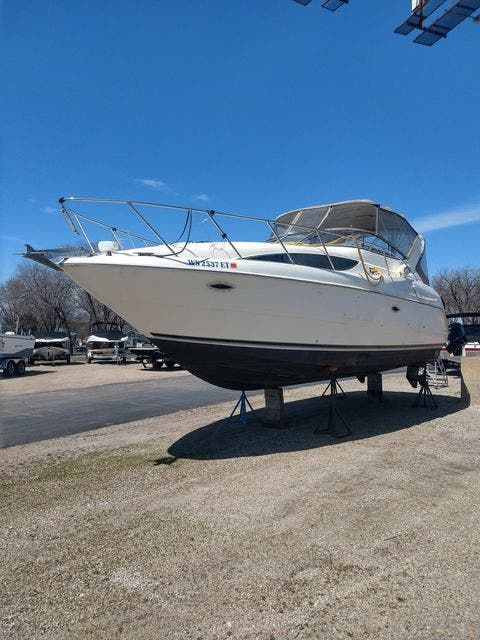 1999 Bayliner boat for sale, model of the boat is 3055 CIERA & Image # 2 of 24