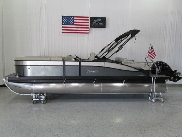 2021 Barletta boat for sale, model of the boat is C22UCTT & Image # 2 of 19