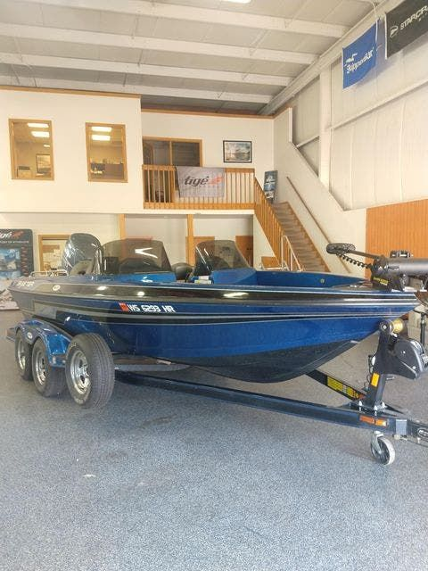 2010 Skeeter boat for sale, model of the boat is WX1900 & Image # 1 of 13