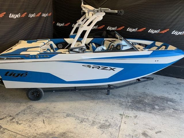 2021 Tige boat for sale, model of the boat is 20-RZX & Image # 1 of 4
