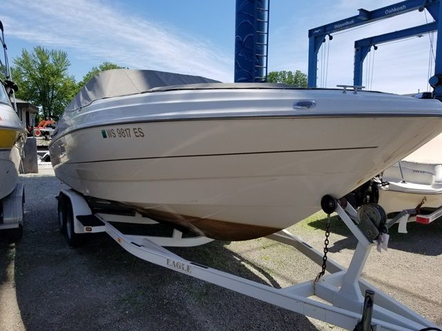 2001 Maxum boat for sale, model of the boat is 2300 SR & Image # 1 of 2