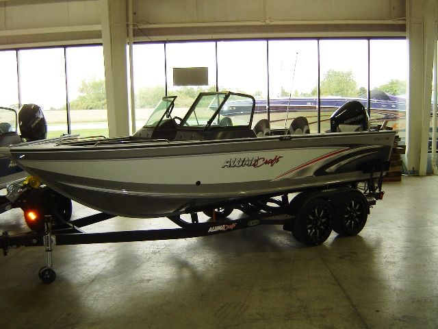 2018 Alumacraft boat for sale, model of the boat is 195 & Image # 2 of 2