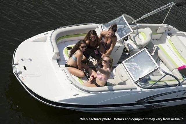 2022 Starcraft boat for sale, model of the boat is 221STARSTEP/IO & Image # 2 of 10