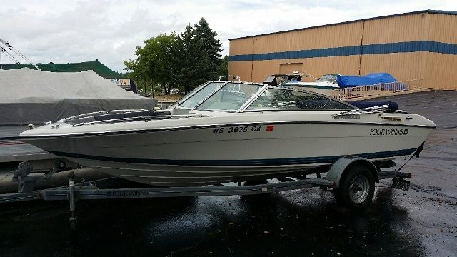 1990 Four Winns boat for sale, model of the boat is 170F & Image # 1 of 2