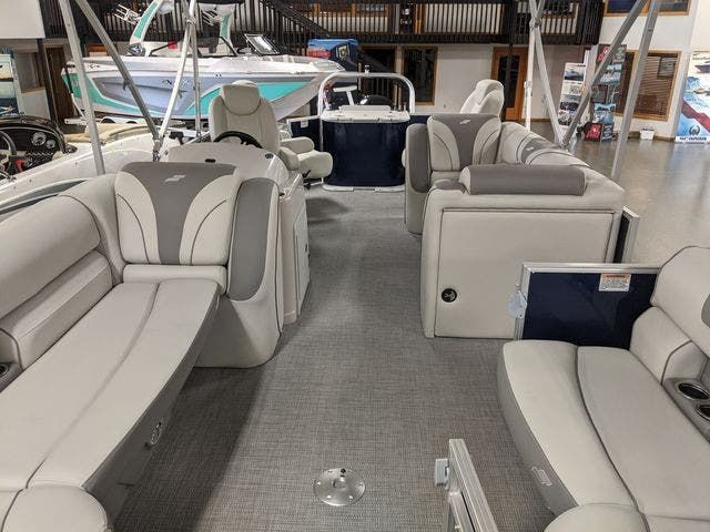 2021 Starcraft boat for sale, model of the boat is EX22FD & Image # 2 of 8