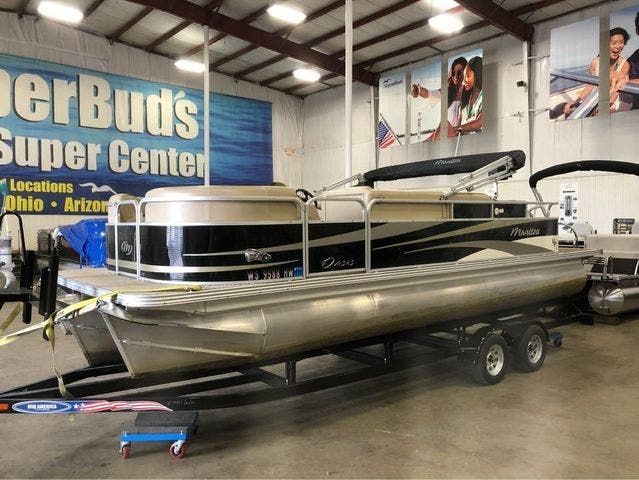 2012 Manitou boat for sale, model of the boat is 23 OASIS SE TT & Image # 1 of 15