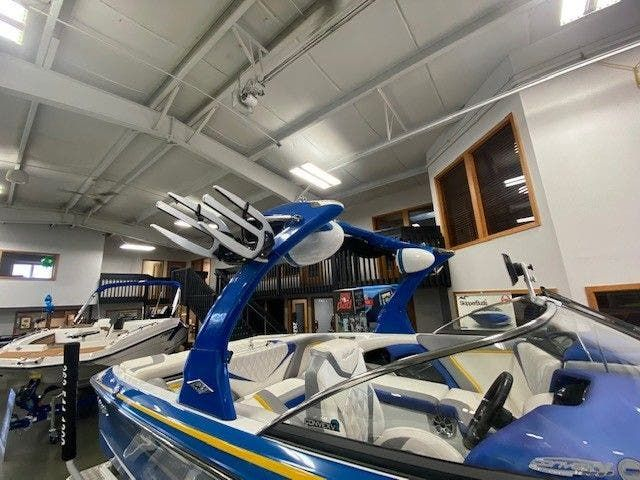 2014 Tige boat for sale, model of the boat is RZ2 & Image # 2 of 15