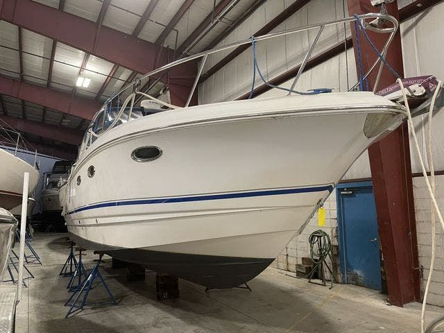 2002 Chaparral boat for sale, model of the boat is 320 SIGNATURE & Image # 1 of 31