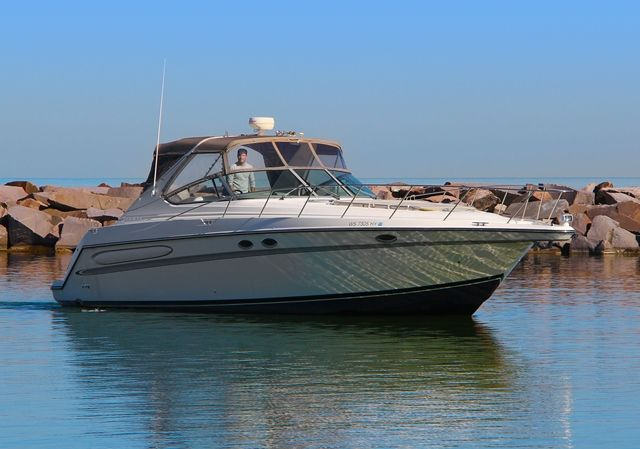1998 Maxum boat for sale, model of the boat is 4100SCR & Image # 2 of 2