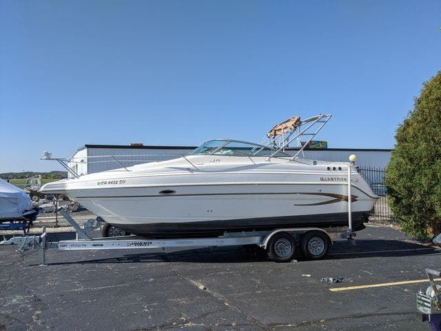 2002 Glastron boat for sale, model of the boat is 279 GS & Image # 2 of 25