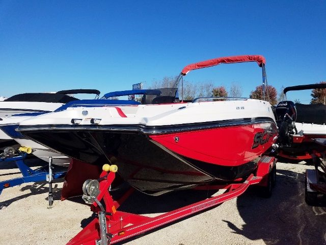 2018 Starcraft boat for sale, model of the boat is 231SCX/IO & Image # 2 of 2