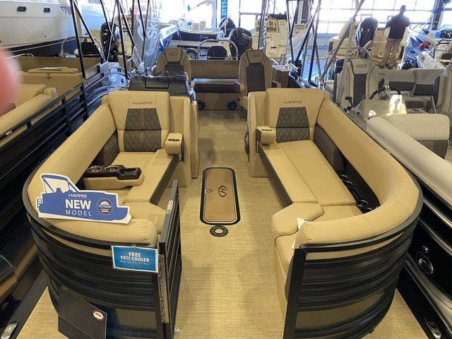 2021 Harris boat for sale, model of the boat is 250SOL/SLDH/TT & Image # 2 of 7