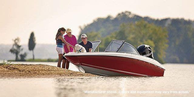 2022 Bayliner boat for sale, model of the boat is 160BR & Image # 1 of 11