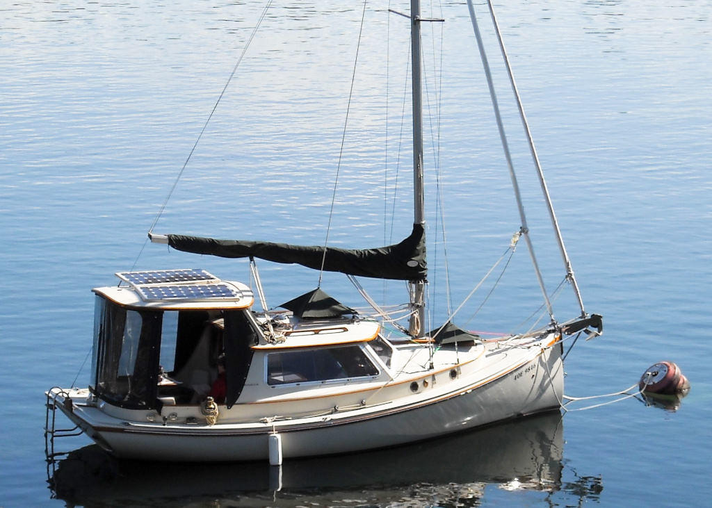 1989 Halman boat for sale, model of the boat is Bluejacket 23 MS Pilothouse & Image # 1 of 10
