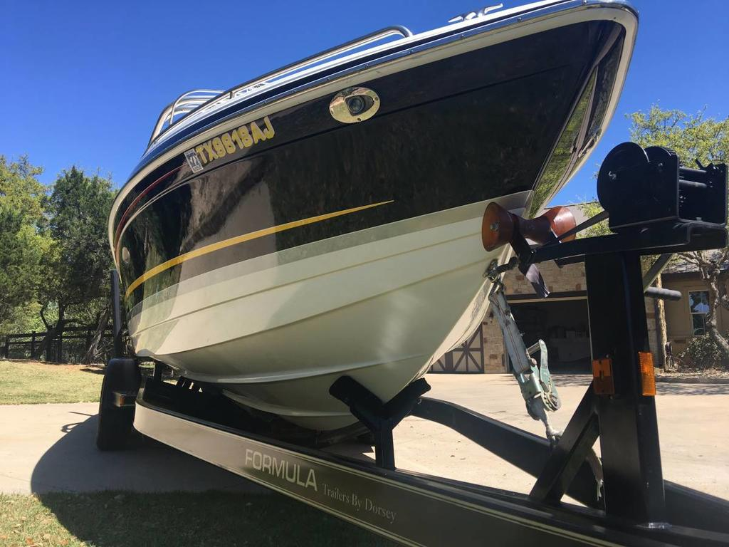 2007 Formula boat for sale, model of the boat is 260 BR & Image # 3 of 10