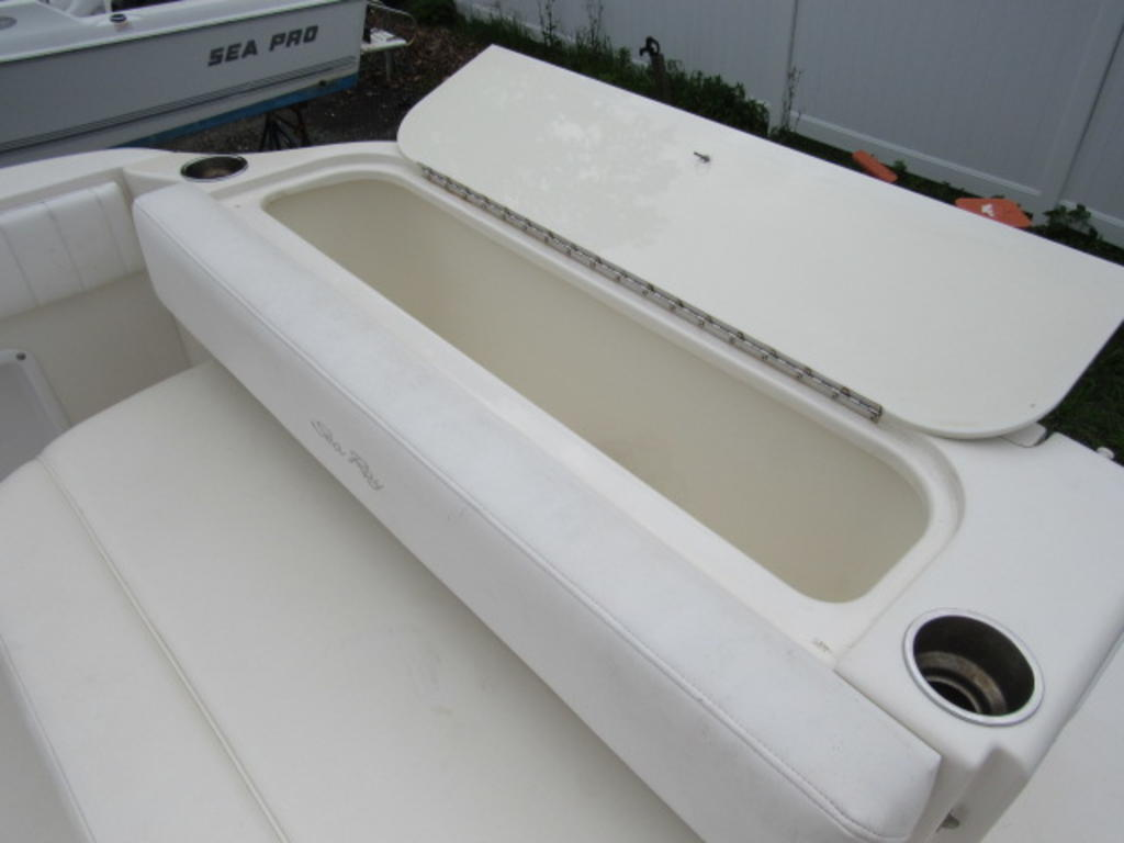 2006 Sea Ray boat for sale, model of the boat is 270 Amberjack & Image # 23 of 48