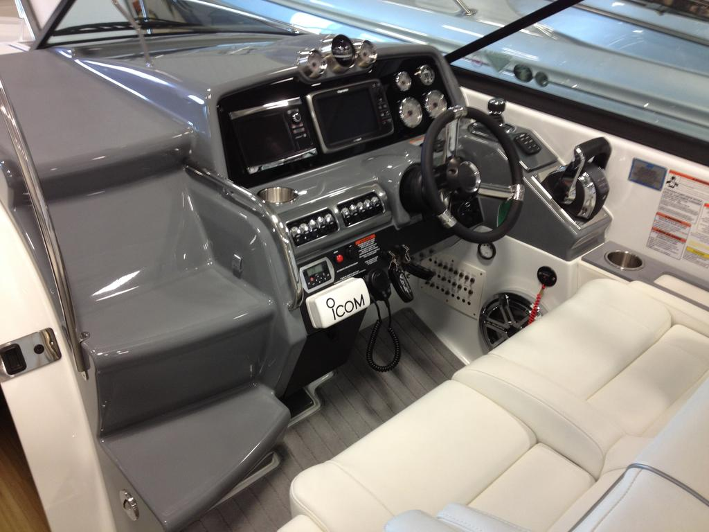 2017 Formula boat for sale, model of the boat is 310 SS & Image # 9 of 16