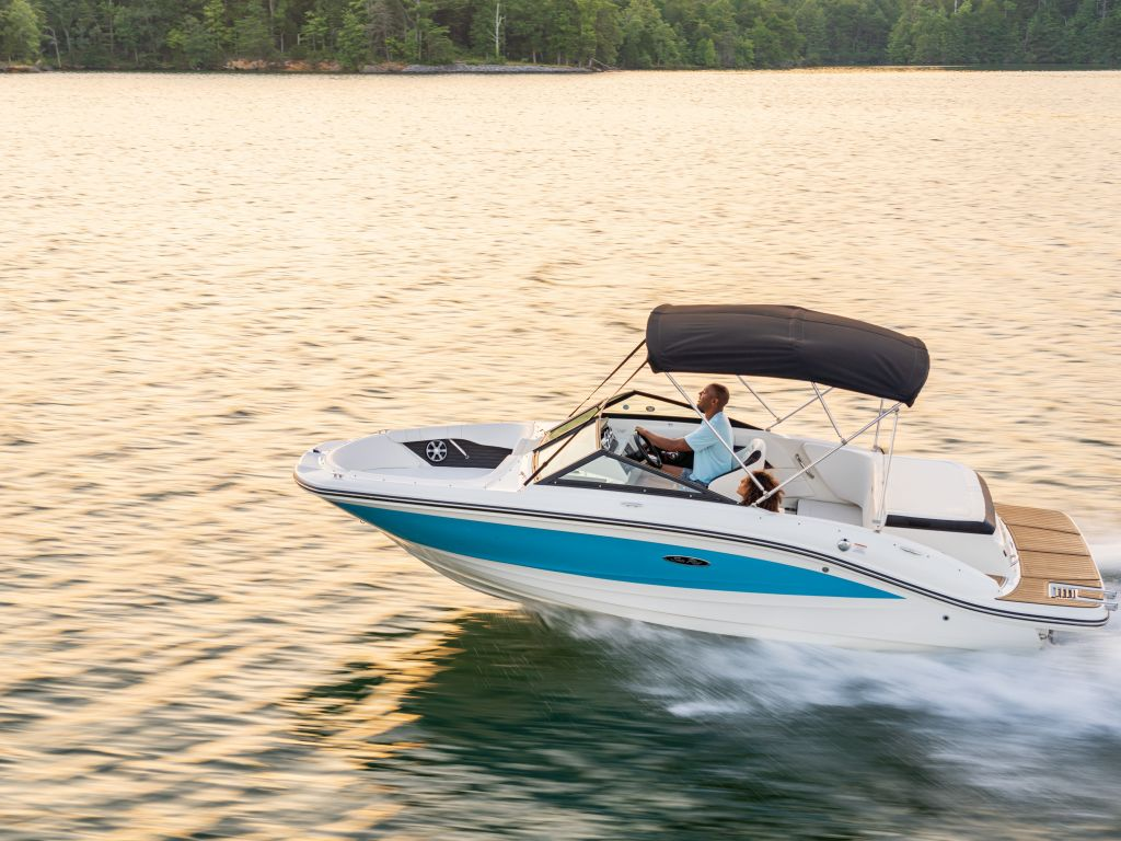 2021 Sea Ray boat for sale, model of the boat is 190 SPX & Image # 1 of 12