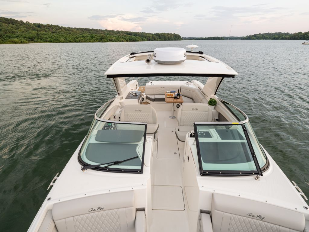 2022 Sea Ray boat for sale, model of the boat is 350slx & Image # 2 of 11