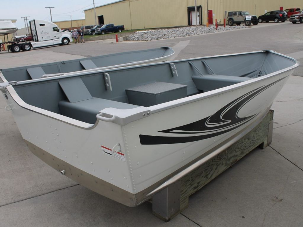 2020 Smoker Craft boat for sale, model of the boat is 13 ALASKAN TS DLX SS & Image # 2 of 8