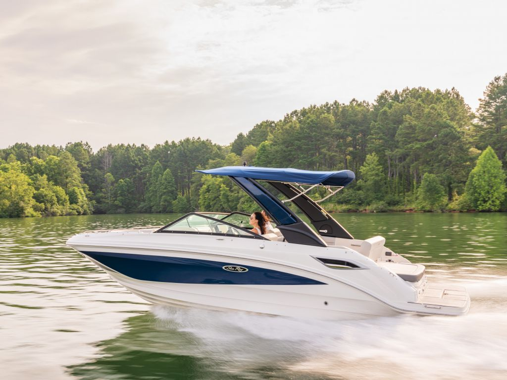 2022 Sea Ray boat for sale, model of the boat is 250sdx & Image # 1 of 6