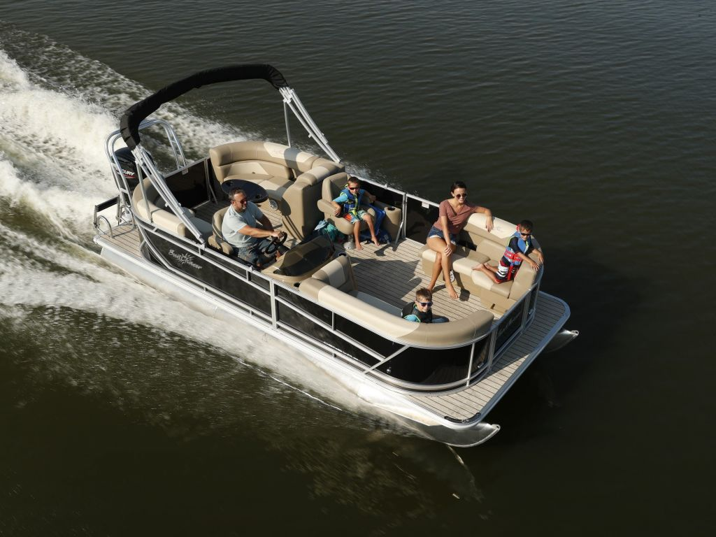 2022 SunChaser boat for sale, model of the boat is GENEVA 20LR DH & Image # 2 of 4