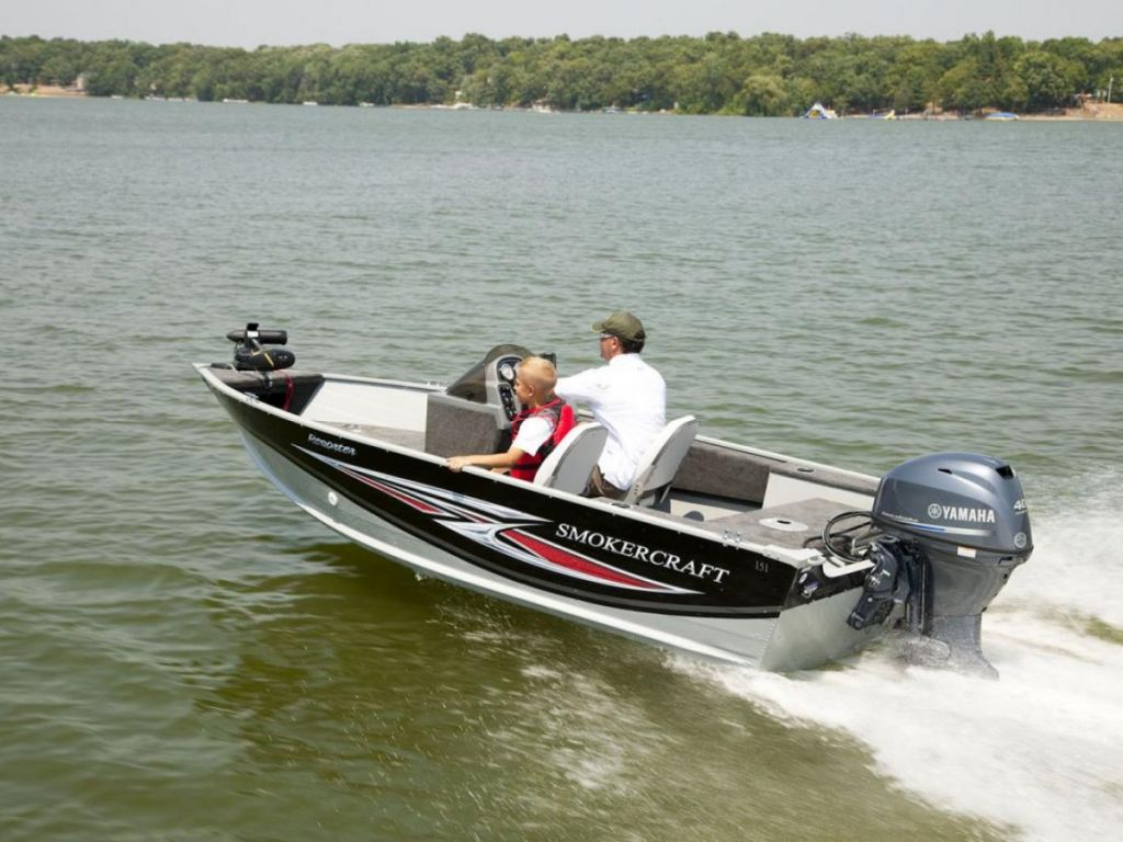 2020 Smoker Craft boat for sale, model of the boat is RESORTER 151 & Image # 1 of 11