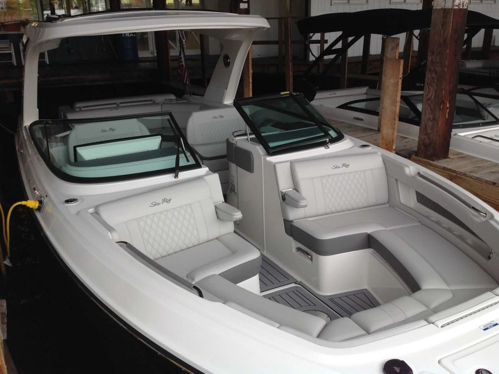 2021 Sea Ray boat for sale, model of the boat is 310 SLX & Image # 2 of 20