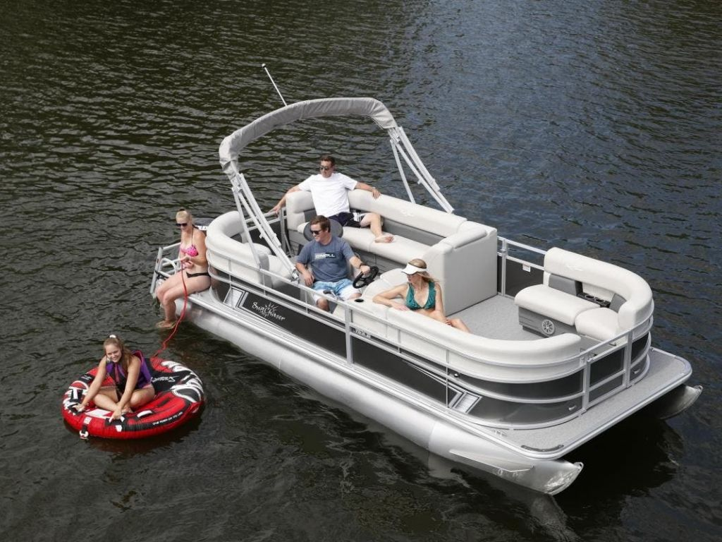 2022 SunChaser boat for sale, model of the boat is Vista 20LR & Image # 1 of 9