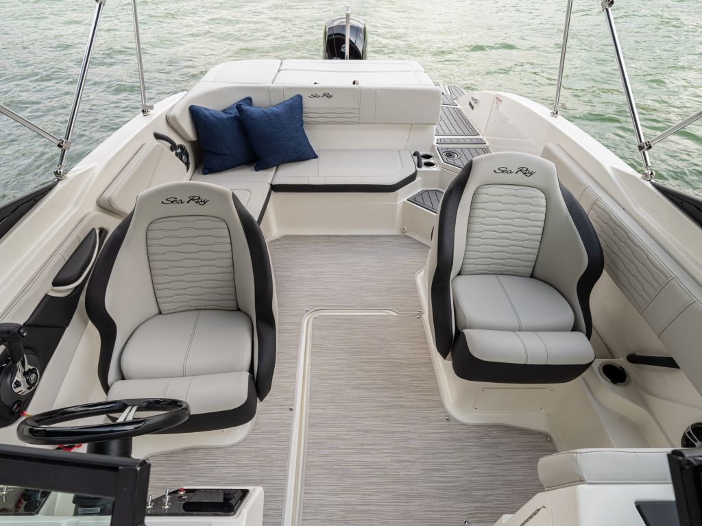 2022 Starcraft boat for sale, model of the boat is SVX 210 OB & Image # 2 of 6